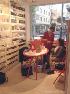taller cuidado de la piel filorga clienta